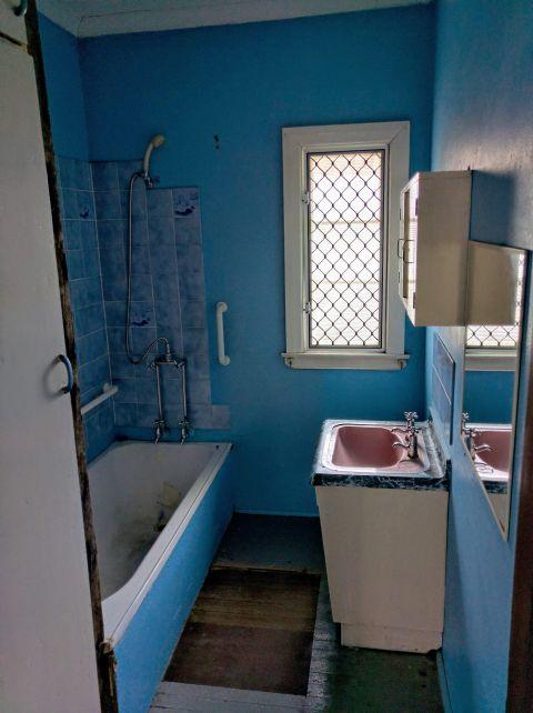 Before Bathroom Morningside