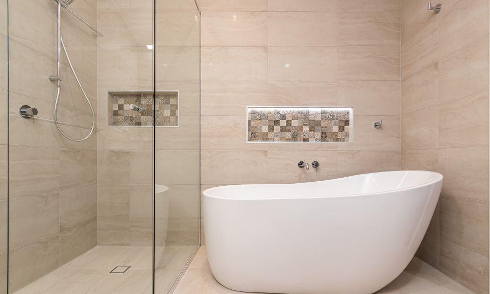 Norman Park Project 3 - Main Bathroom